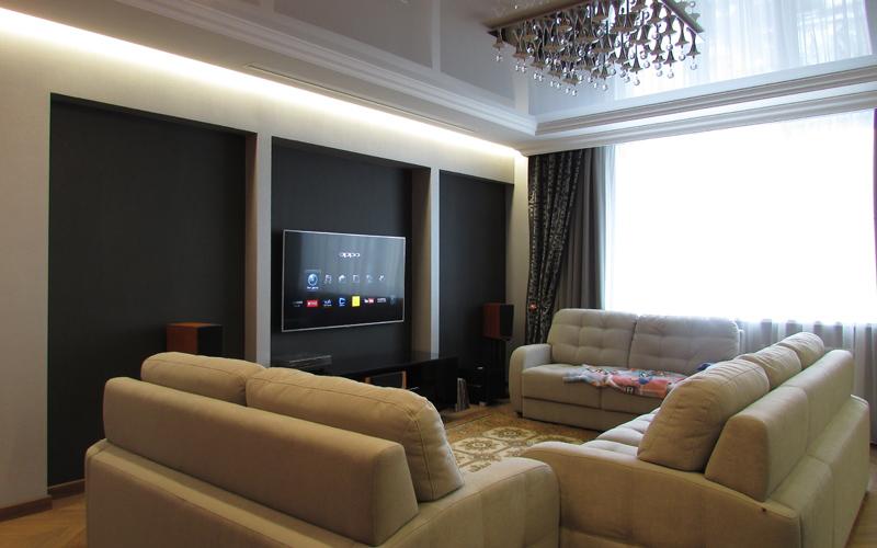 В повседневном варианте домашнего кинотеатра преимущественно используется телевизор