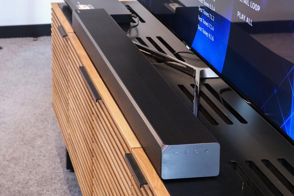 Саундбар Samsung с Dolby Atmos