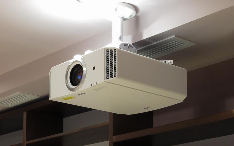 Проектор JVC DLA-X5000