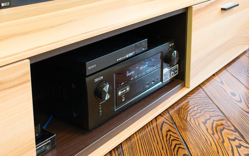 Электроника домашнего кинотеатра: АВ-ресивер Denon и Blu-Ray-плеер Sony