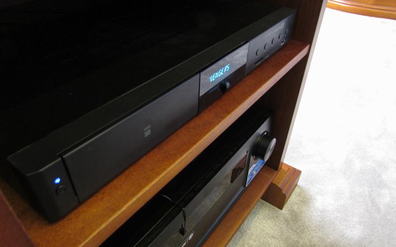 Медиаплеер Dune HD Base 3D и АВ-ресивер Denon AVR-X3100W