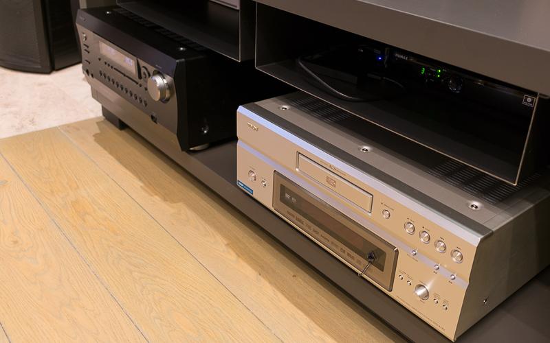 Домашний кинотеатр - АВ-процессор и DVD-плеер