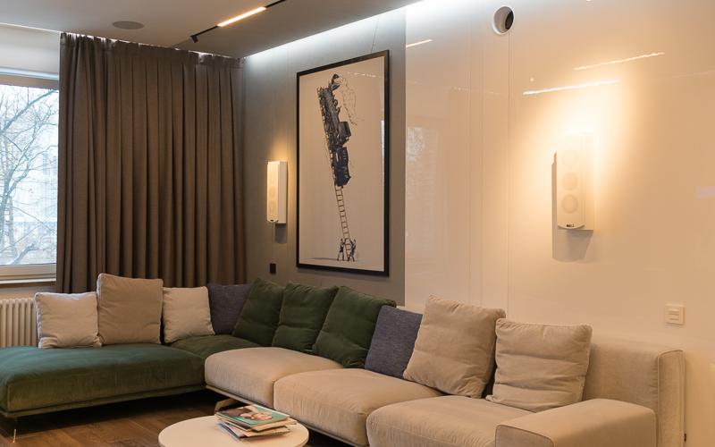 Домашний кинотеатр Dolby Atmos в квартире - фото 3